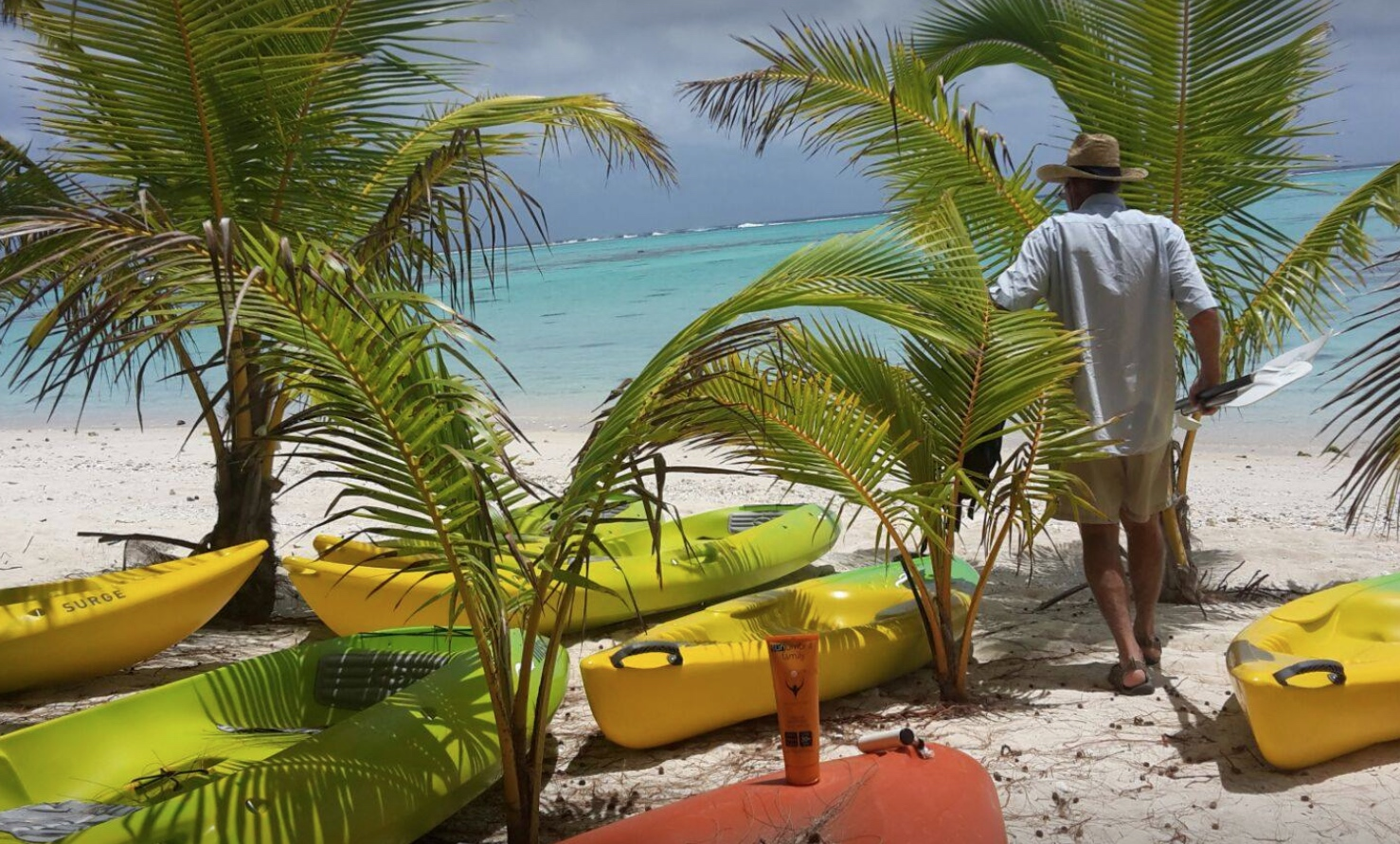 Biodegradable sunscreen for reef holidays